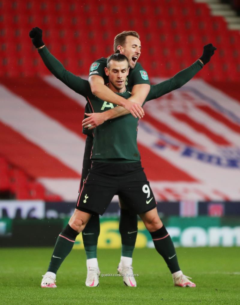 Spurs sink Stoke to reach League Cup semi-final