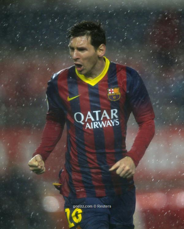messi lifts barcelona back to the top of la liga